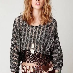 Free People Crotchet Crop Top black and white 🖤